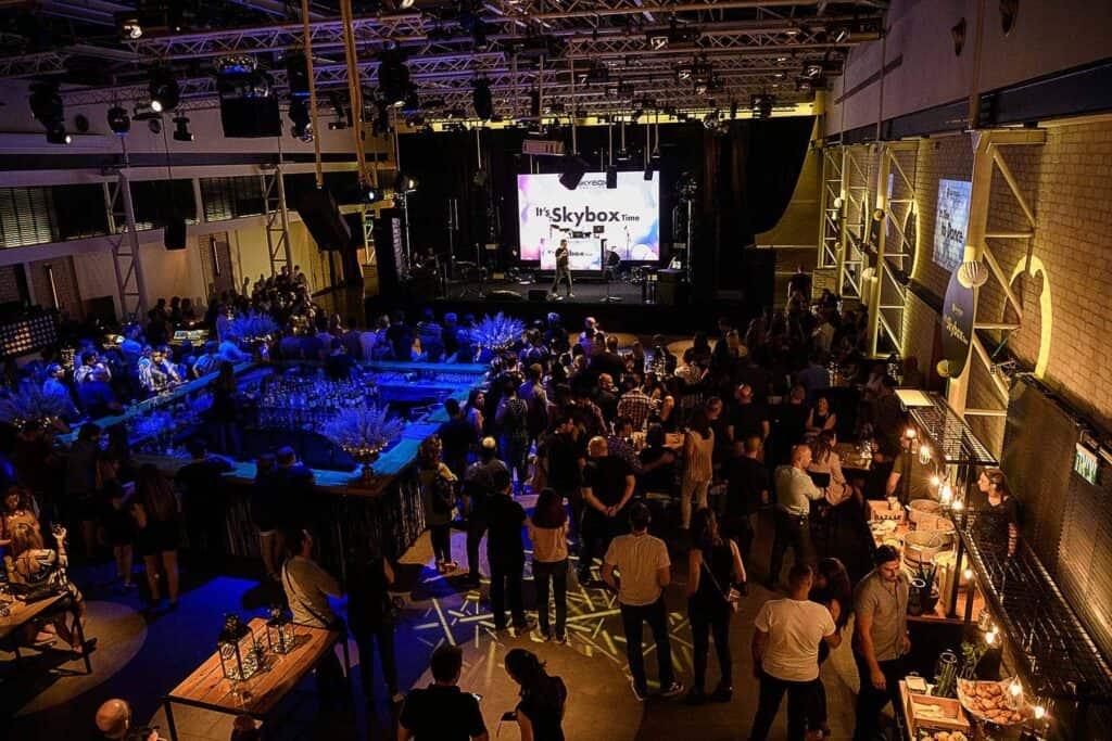 אירוע חברה - SKYBOX